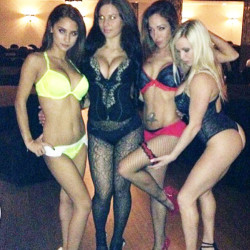 4 Sexy Staacked Girls